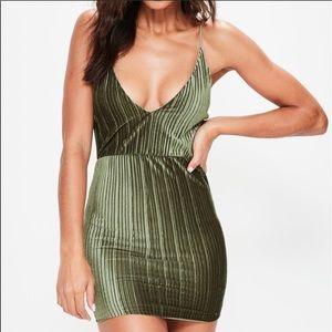 MISSGUIDED ||  Khaki Pleated Velvet Bodycon Dress